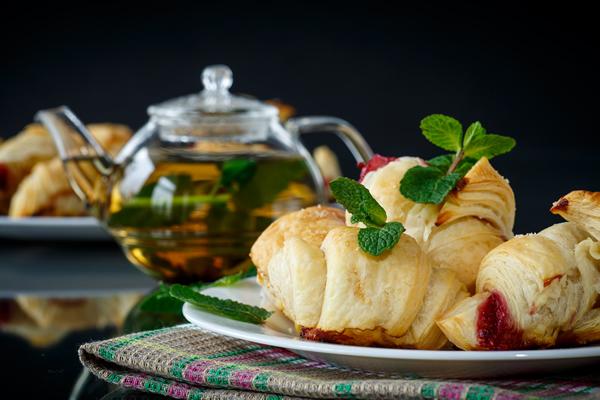 Kiflice i čaj