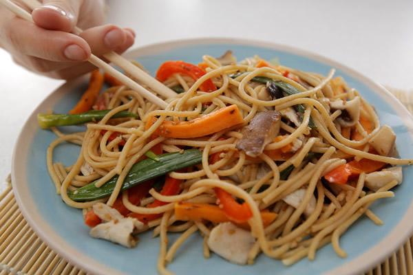 Špagete sa povrćem i šitake pečurkama