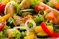 Mešano povrće sa piletinom i soja sosom