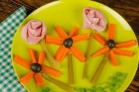 Zdravo jelo u obliku cvetića